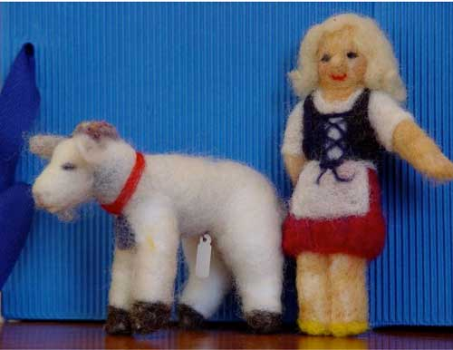 NEEDLE FELTING HEIDI AND HER GOAT