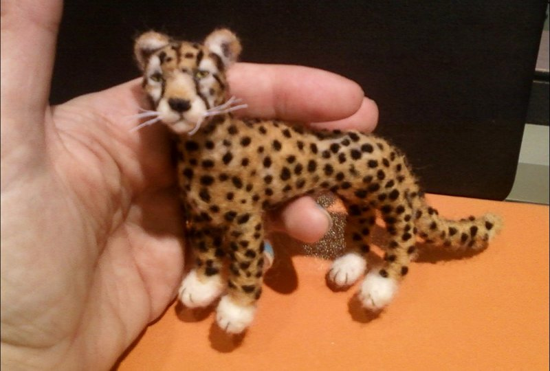 how to make a clay cheetah