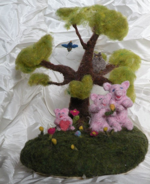 Needle Felted Pigs
