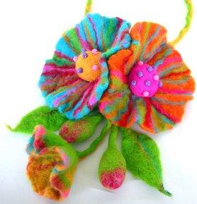 Larisa-felt-flowers