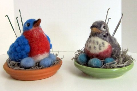 NEEDLE FELTING KIT BIRD NEST BLUE  EGGS FEATHER WOOL NEEDLE TUTORIAL NEW PACKAGE