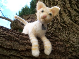 Needle Felted Cat Puff