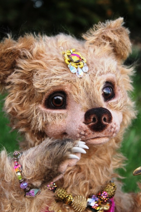 Needle Felted Tan Indian Bear Luxembear