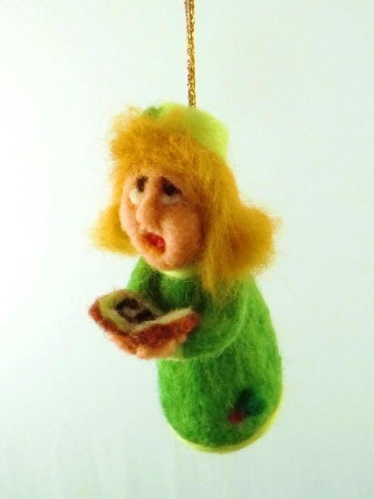 Needle Felted Ornament Carroler
