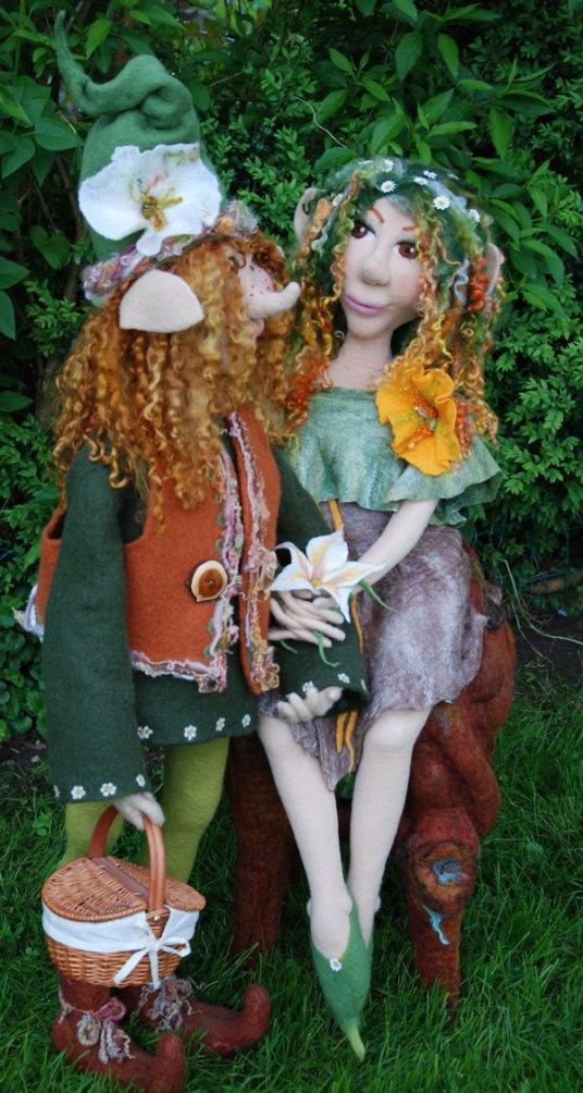 Needle felted dolls by Monica Slavici