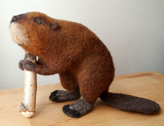 NEEDLE FELTED BEAVER BY ERIN CARLSON