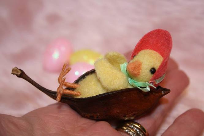 Needle felted chickie in wheelbarrow for Easter