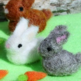needle felted bunnies for Easter basket