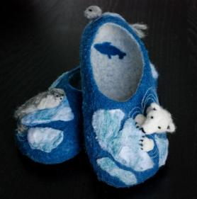 FELTED SLIPPERS POLAR BEAR PEEKABOO SLIPPERS by Kristen Gagnon. She learned to make slippers from the Living Felt Wet Felting Slippers Kit