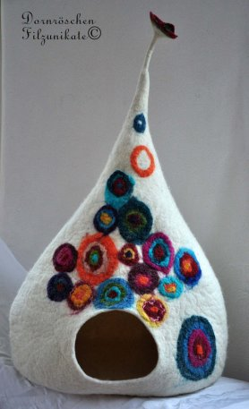 Felted Cat Cave by Susanne Karg