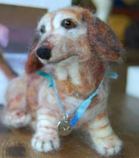 Needle Felted Dog Dachschund by Kate Lindenmuth Featured on www.livingfelt.com/blog