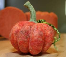 Needle Felting Tutorial: Fairy Tale Pumpkin on www.livingfelt.com/blog