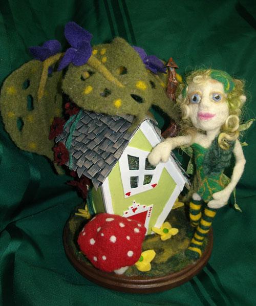 Needle felted fairy by Lynn Sponagle on www.livingfelt.com/blog