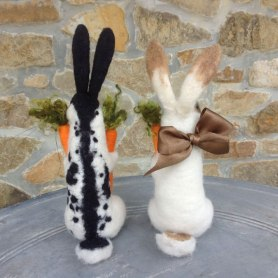 Needle Felted Bunny Rabbits by Tessa Bold on www.livingfelt.com/blog