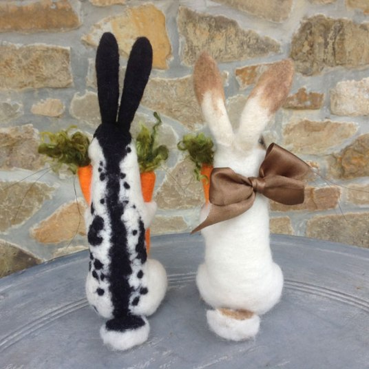 Needle Felted Bunny Rabbits by Tessa Bold on www.livingfelt.com/blog