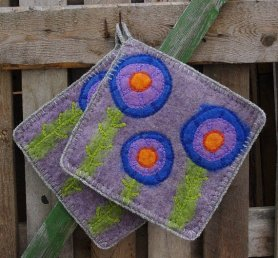 Felted Pot Holders by Terts Al on www.livingfelt.com/blog