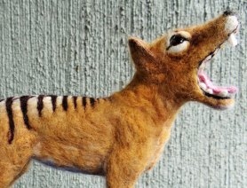 Needle Felted Thylacine by Carol Rossi on www.livingfelt.com/blog