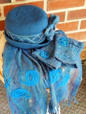 Judi-Francis-FeltHatScarf