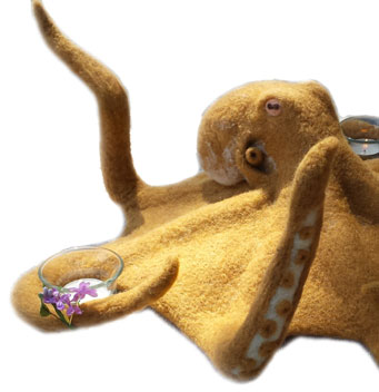 needle felted octopus is incrediible!