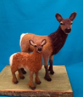 Needle Felted Elk Cow and Calf by Julie King featured on www.livingfelt.com/blog