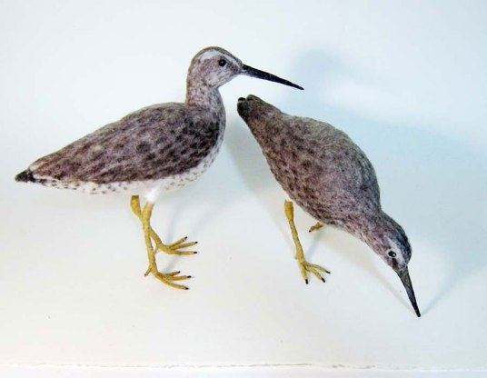Susan Beal Lifelike needle felted birds on www.livingfelt.com/blog  Using MC-1 Felting Batts and CW-1 Core Wool