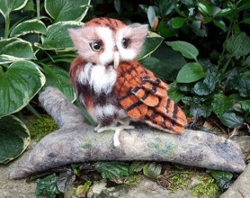 Needle Felted Owl by Sonja Weeks-Oswalt featured on www.livingfelt.com/blog