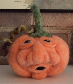 Needle Felted Pumpkin by Marjorie Zurn featured on www.livingfelt.com/blog