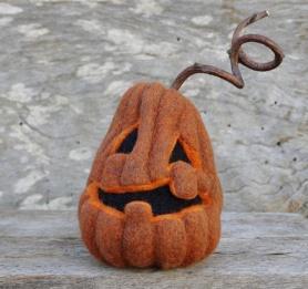 Felted Pumpkin by Kimberly Czar featured on www.livingfelt.com/blog