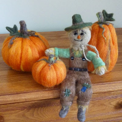 Needle Felted Pumpkins and Scarecrow by Barb Hoffman featured on www.livingfelt.com/blog