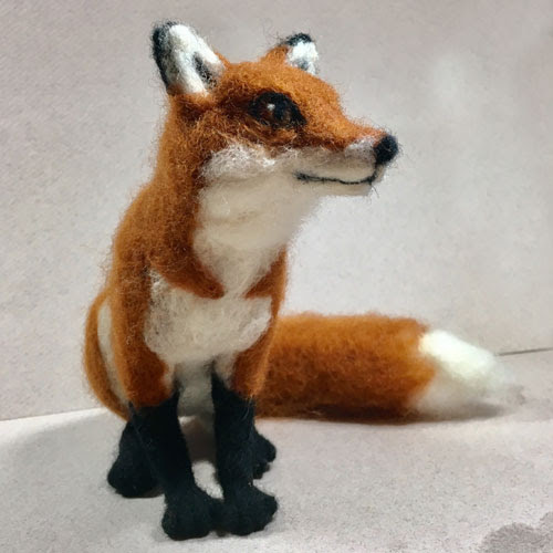 Needle Felted Fox by Shelly Schwartz featured on www.livingfelt.com/blog