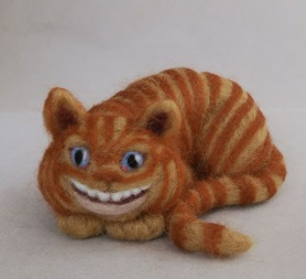 Felted Chesire Cat by Melissa Hoover featured on www.livingfelt.com/blog