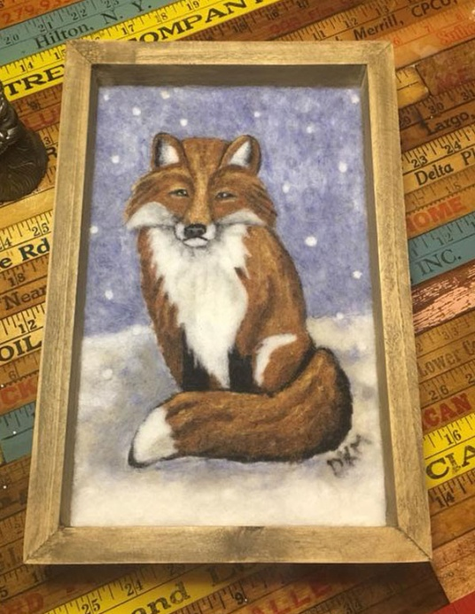 Needle Felted Fox by Donna Moore featured on www.livingfelt.com/blog