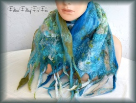 Nuno Felted Scarf by Fatima Mensen-Potter featured on www.livingfelt.com/blog