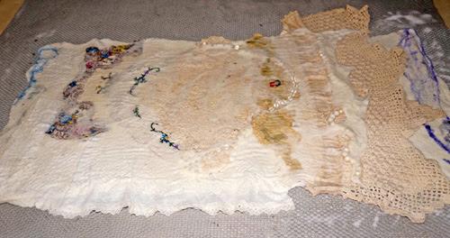 Felted Wedding Photo Album Gift by Anna Repke featured on www.livingfelt.com/blog